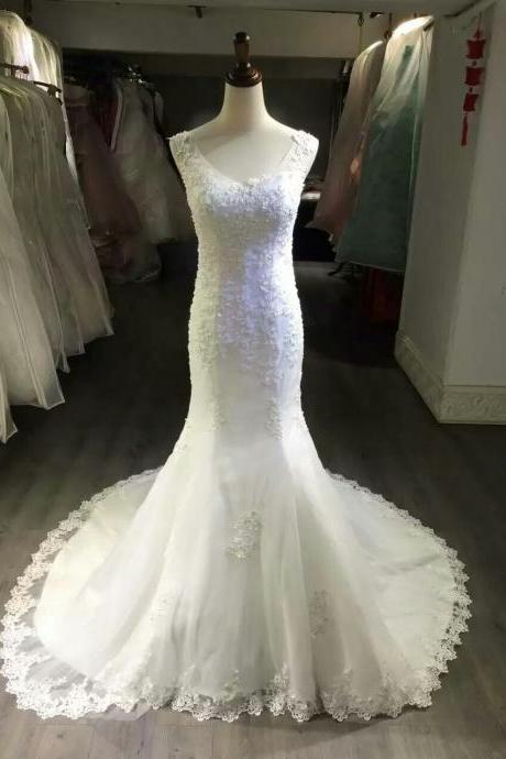 Floral Lace Appliques Plunge V Sleeveless Floor Length Mermaid Wedding Dress Featuring Sweep Train