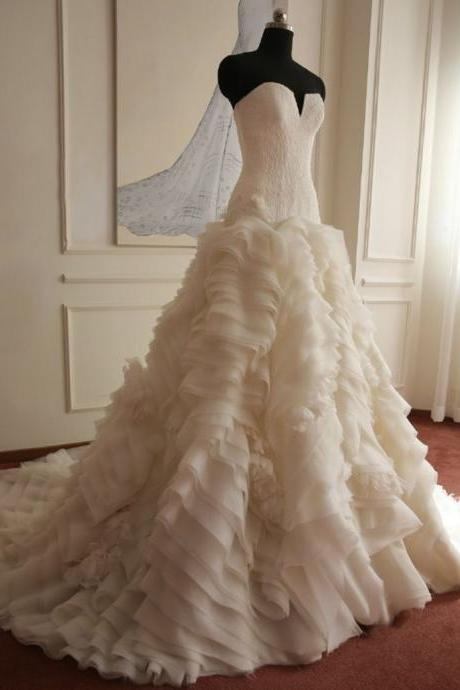 Elegant Ball Gown Puffy Wedding Dress,Sweetheart Neck Ivory Wedding Dress,Lace Wedding Dress,Ruffles Wedding Dress,Wedding Gown,Bridal Dresses,Brial Gown,Bride Dress SW18