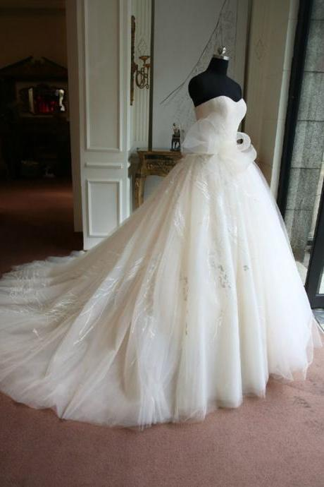 Real Samples Ball Gown Wedding Dress,Sweetheart Neck Wedding Gown,Applique Wedding Dress With Bow ,Ivory Wedding Dress,Cuatomized Made