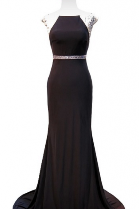 The sexy mermaid tuxedo hat sleeve sparkles, followed by a black formal African evening dress