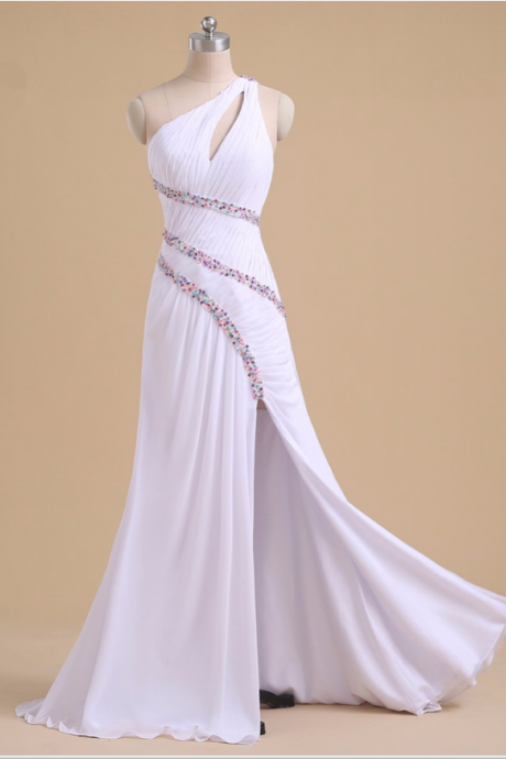 Real photos of high quality of a string of high - quality snow spinning, long single - shoulder evening dress