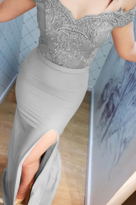 Silver Lace V-neck Off Shoulder Mermaid Split Bridesmaid Dresses