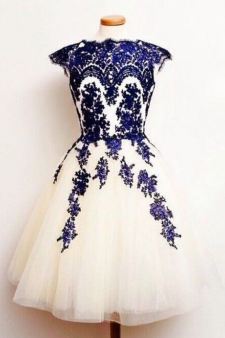 Charming Homecoming Dress,Appliques Homecoming Dresses, O-Neck Short Prom Dress ,Party Gowns