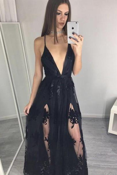 Spaghettis-Straps Side-Slits A-line Black Appliques Prom Dresses Backless Prom Dress