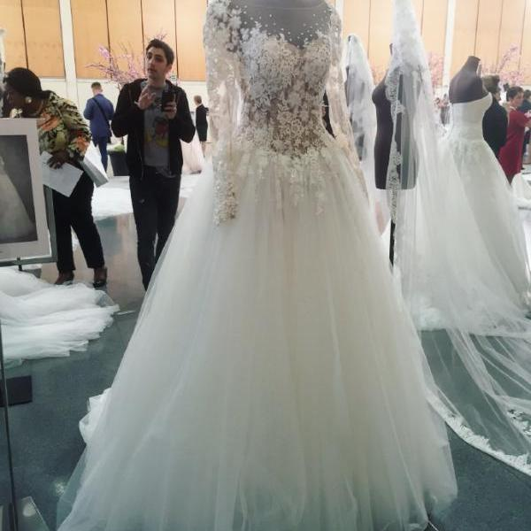 A-line Wedding Dress, Wedding Dress,Wedding Dress,Wedding Gown,Bridal Gown,Bride Dresses, Long Wedding Dress,Lace Wedding Gown,Applique Wedding Gown,Long Sleeves Wedding Dress,Crystal Bridal Dress,See Through Wedding Gown,Floral Wedding Dress,Elegant Wedding Gown