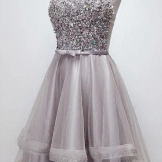 Sparkly Halter Sequins Bodice High-Low Prom Dress Tulle Homecoming Dress
