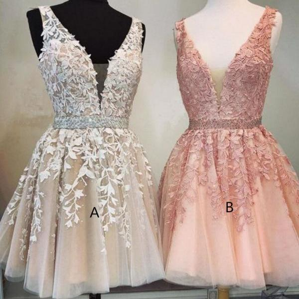 Short A-line V-neck Beaded Sashes Tulle Prom Homecoming Dresses Lace Embroidery