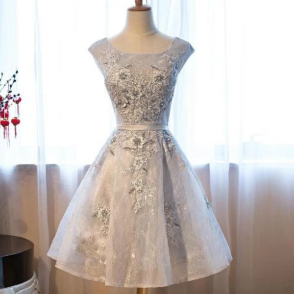 Light Grey Lace Short Homecoming Dress With Applique, Prom Dress Graduation Dress