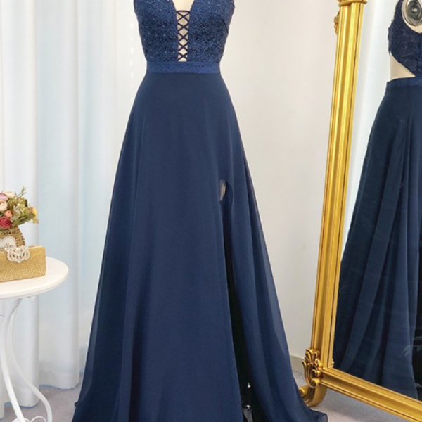A-Line/Princess Beading Floor-Length Chiffon Sleeveless V-neck Dresses